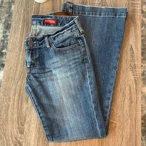 [ E X P R E S S ] Stella Jeans